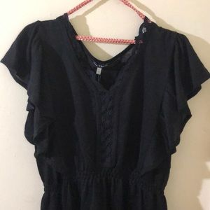 NWT Cable & Gauge black blouse